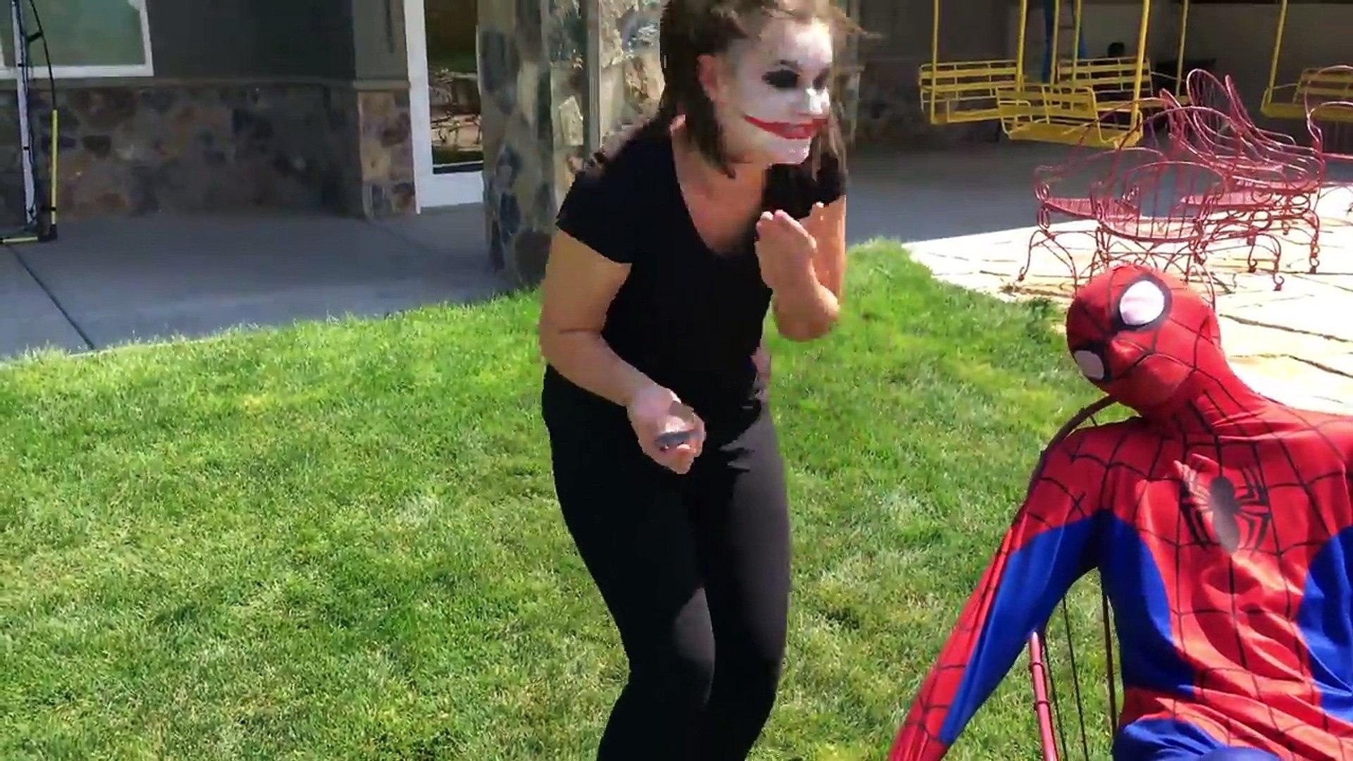 Анна клоун водить машину Эльза замороженный замороженные джокер Макдоналдс Принцесса человек-паук