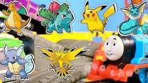 Mejor Aprendizaje Preescolar Videos para Niños: Aprender los Colores y Contando! Juguete De Las Abejas De La Colmena Cactu