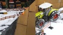 BRUDER toys SNOW tractor crash! Video for kids-_K4A