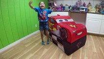HUGE DISNEY CARS LIGHTNING MCQUEEN SURPRISE TOYS TENT Big Egg Surprise Opening Disney Cars ToyReview-hi-ypB