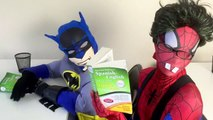 Spiderman vs Frozen Elsa - Nerdy Spiderman Meets Nerdy Elsa! w_ Joker & Batman - Funny Superheroes-iSW5cCSR5