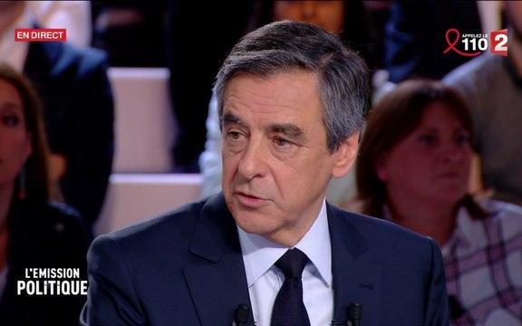 """Fillon accuse Hollande d'animer un """"cabinet noir"""", le chef de l'Etat """"condamne des allégations mensongères"""""""