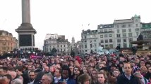 Hommage aux victimes de l'attentat de Londres sur Trafalgar Square