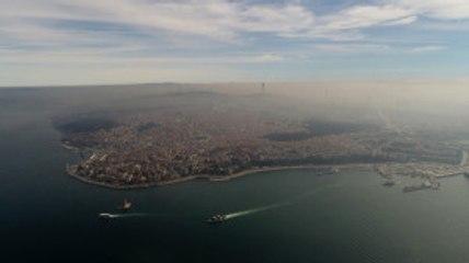 Istanbul'u Kaplayan Yoğun Sis Havadan Görüntülendi