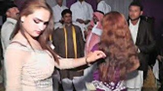 Wedding Mujra- Le Le Maza -2017  Pakistani Wedding Mujra Dance