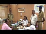 ₹ 1.76 lakh Money Seized by Election Flying Squad at Tirupur | பணம் பறிமுதல் - Oneindia Tamil