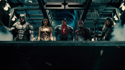 JUSTICE LEAGUE - Official Trailer 1 | Batman-News.com