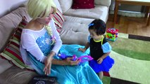 Frozen Elsa, Spiderman vs Maleficent & baby! w/ Catwoman & frozen anna funny superheroes