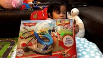 Disney Planes - Air Dare Loop - Micro Drifters - Dustry Crophopper - Unboxing by FamilyToy