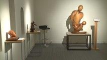 Once artistas ciegos muestran sus esculturas