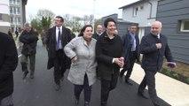 Rénovation urbaine à Bolbec en Seine-Maritime : Emmanuelle Cosse et Estelle Grelier en visite officielle
