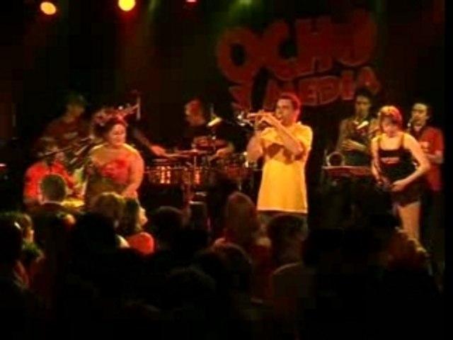 Optimista (live-en vivo) - Ocho Y Media (salsa de francia)