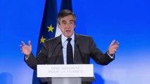 Présidentielle : en meeting, François Fillon réitère sa référence polémique au suicide de Pierre Bérégovoy