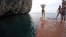 Perfect Roof Jump from Siamese Junk Boat | Boat Tours Around Ao Nang and Railay Beach