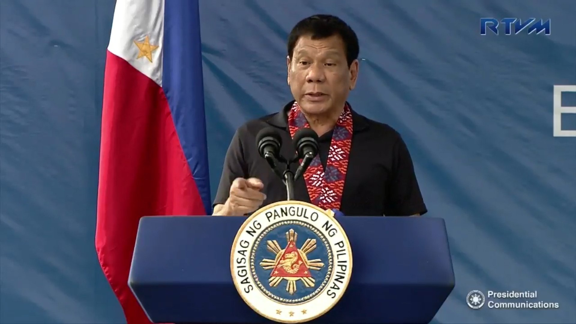 Duterte: it's not my duty to wage war against my own people