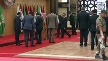 La méchante chute du président libanais