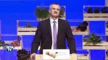 Au congrès de la FNSEA, les candidats à la présidentielle draguent les agriculteurs