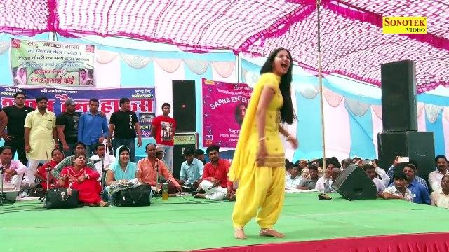 भयंकर भीड़ को काबू में किया - Sapna के इस डांस ने लोगो को हिला डाला - Sapna Dance 2017