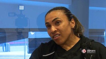 Marta fala sobre obrigatoriedade de times femininos na Libertadores