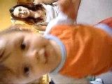 Lucas qui marche (1 ans)