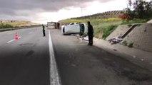 Şanlıurfa Tır, Otomobile Çarptı: 6 Yaralı