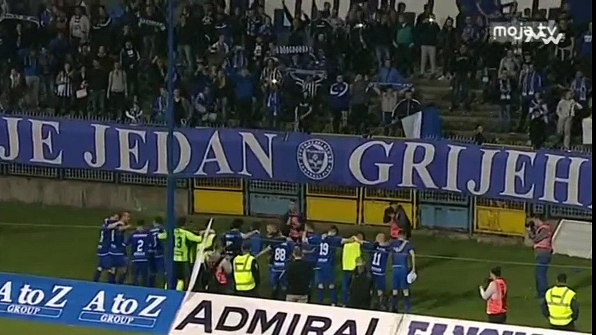 FK Željezničar - FK Sloboda 4:2 / Manijaci i igrači otpjevali Grbavicu na kraju