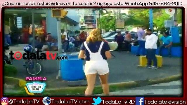 Pamela Sued haciendo el ridículo en la calle con su soberano-Pamela Todo Un Show-Video