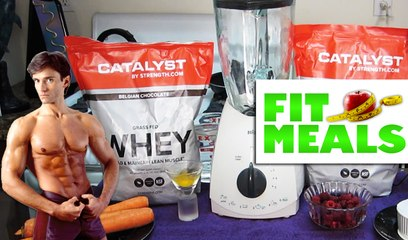 MUSCLE BUILDING PROTEIN SMOOTHIE RECIPE | Fit Meals #6