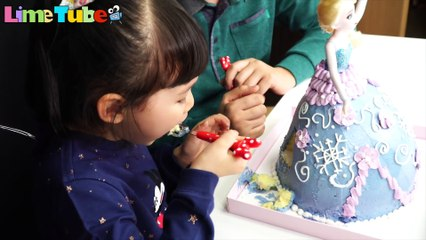Blue Tongue? Elsa Cake Mukbang : Gift from LimeArtToys 혓바닥이 파랗게 되는 엘사 케이크먹방   라임아트토이 길쌤의 선물 장난감 놀이 LimeTube & Toy 라임튜브