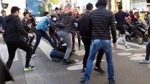 Des manifestants chinois tabassent un pickpocket en pleine rue à Paris