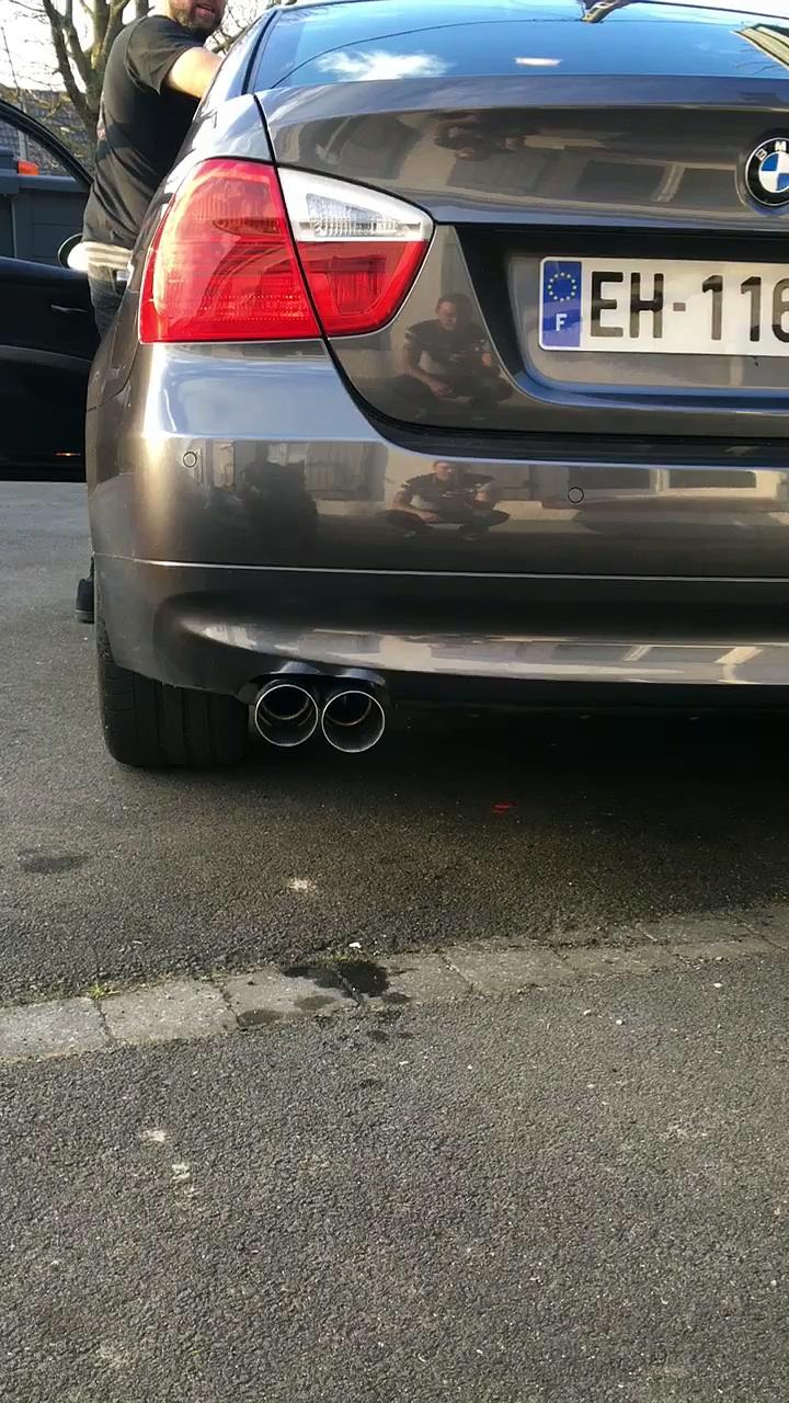 BMW 330i E90 BMW PERFORMANCE EXHAUST