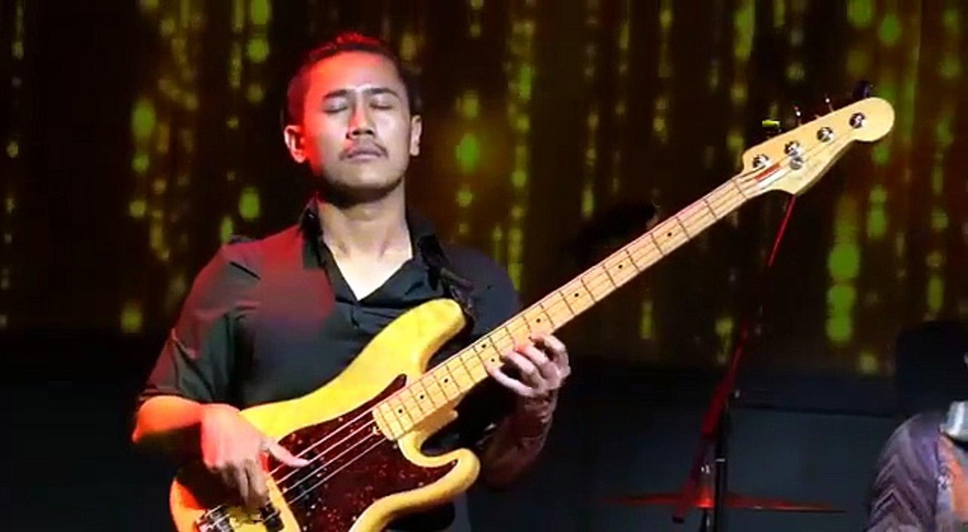 Solo Bass Soul