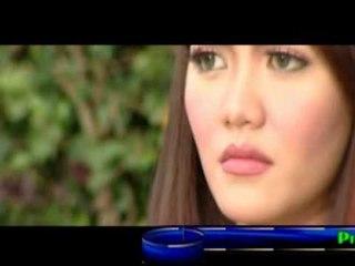 Ria Amelia - Rindu Di Hati [Official Music Video]