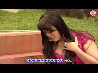 Ria Amelia - Maafkan Daku [Official Music Video HD]