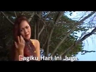 Ria Amelia - Takkan Pasrah [Official Music Video]