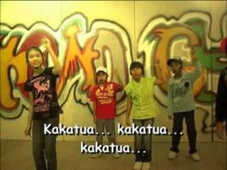 Shafla Detura - Kakatua [Official Music Video]