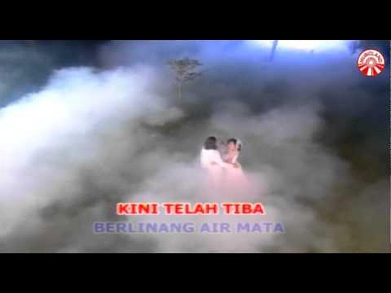 Nada Soraya - Baju Pengantin [Official Music Video]