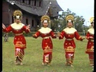 Jusnia - Ratak Nan Malang [Official Music Video]