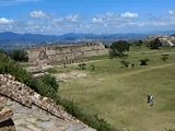 On the road in Mexico - Cite Monte Alban 09/2007