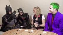 Batman, Joker - SUPERHERO MOVIE CHALLENGE! Harley Quinn, Catwoman-qultc