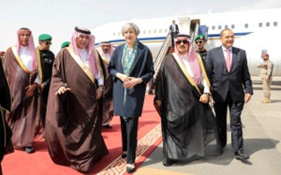 İngiltere Başbakanı'nın Suudi Arabistan Ziyareti, Sosyal Medyanın Gündemine Oturdu