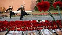 Russia: l'omaggio alle vittime del metrò di San Pietroburgo