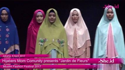 "Fashion Show Hijabers Mom Community presents ""Jardin de Fleurs"" - Muslim Fashion Festival (17)"