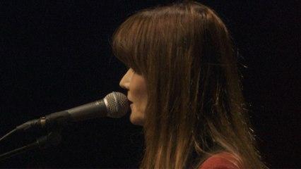 Carla Bruni - Quelqu'un m'a dit