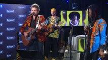 """M chante en live """"Sauvez l'amour"""" dans le """"Europe 1 Music Club"""""""