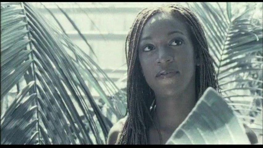 Kelly Joyce - C'est l'amour qui vient