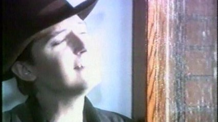 Garbo - E' Tardi - Videoclip