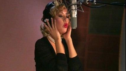 Christina Aguilera - Car Wash