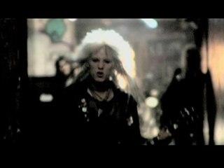 Crashdiet - Riot in Everyone