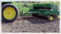 John Deere Tractors Seed Drilling Oats John Deere 4640 & 750 Seed Drill John Deere Tractor